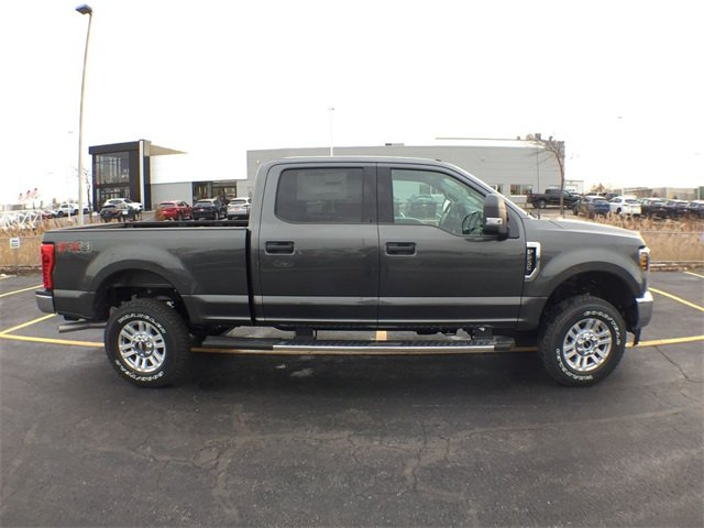 2019 F-250 Crew Cab 4x4,  Pickup #19F158 - photo 10