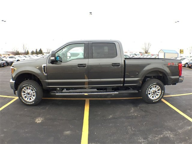2019 F-250 Crew Cab 4x4,  Pickup #19F158 - photo 3