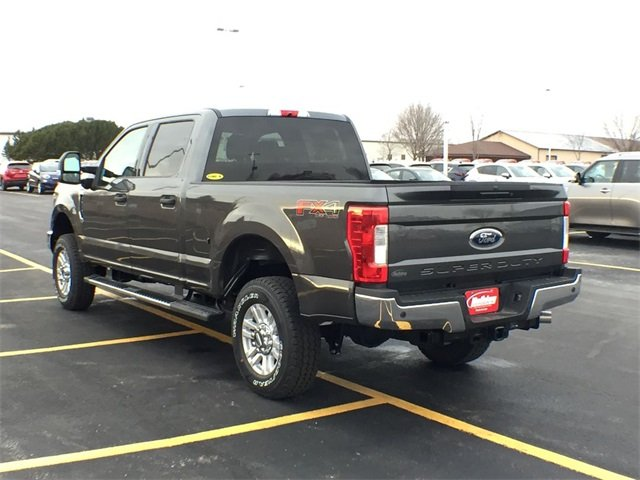 2019 F-250 Crew Cab 4x4,  Pickup #19F158 - photo 5