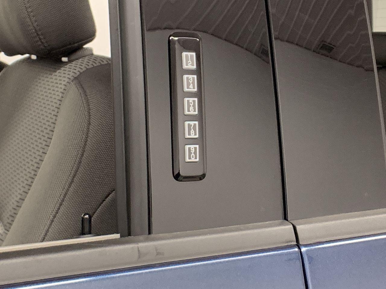 2019 F-150 SuperCrew Cab 4x4,  Pickup #19F268 - photo 23