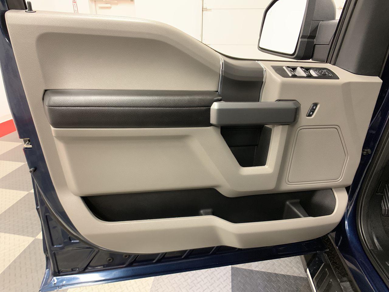 2019 F-150 SuperCrew Cab 4x4,  Pickup #19F268 - photo 24