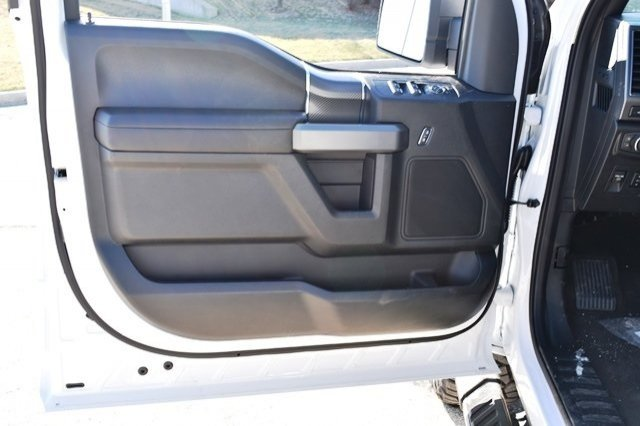 2019 F-150 SuperCrew Cab 4x4,  Pickup #19F274 - photo 17