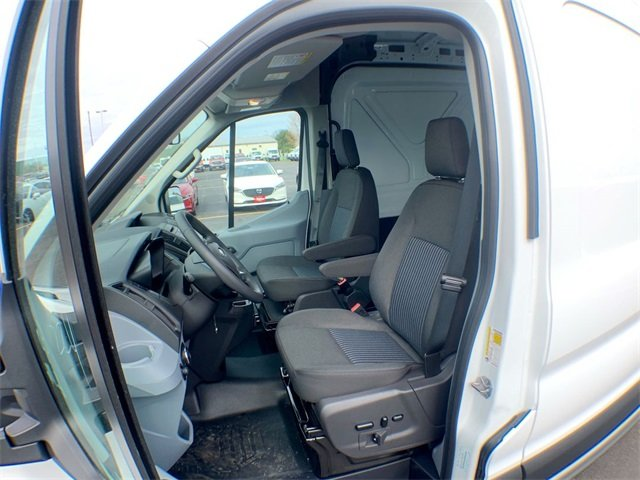 2019 Transit 250 Med Roof 4x2,  Empty Cargo Van #19F285 - photo 17