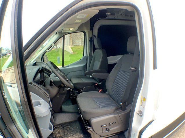 2019 Transit 250 Med Roof 4x2,  Empty Cargo Van #19F294 - photo 4