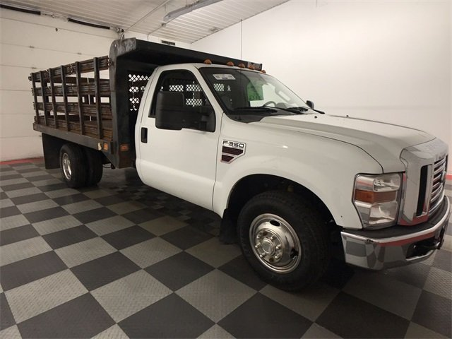 2009 F-350 Regular Cab DRW 4x2,  Stake Bed #19F88A - photo 10
