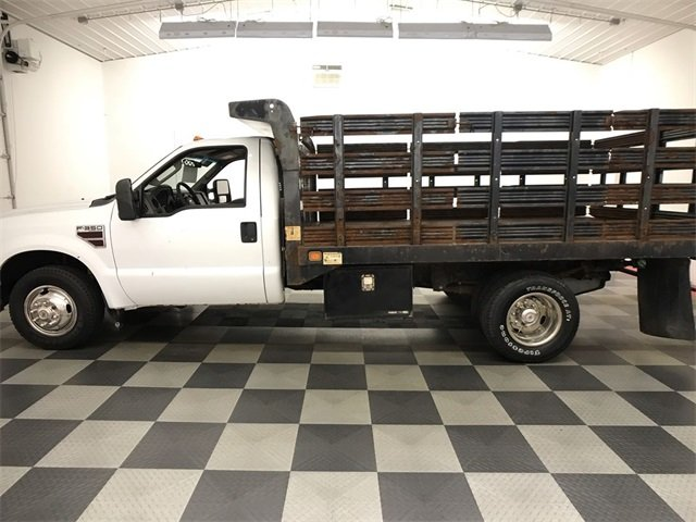 2009 F-350 Regular Cab DRW 4x2,  Stake Bed #19F88A - photo 6