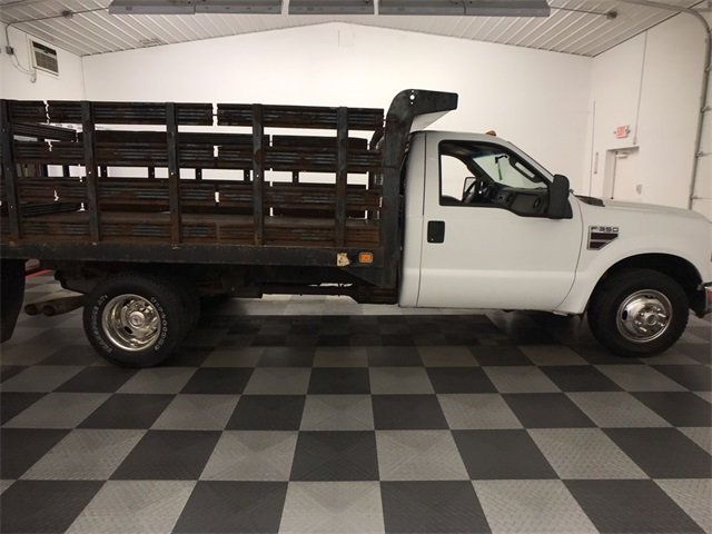 2009 F-350 Regular Cab DRW 4x2,  Stake Bed #19F88A - photo 9