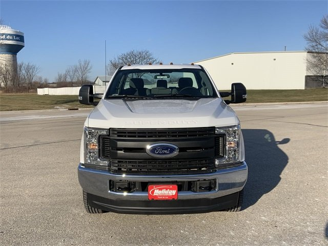 2019 F-350 Regular Cab DRW 4x4, Cab Chassis #19F900 - photo 14
