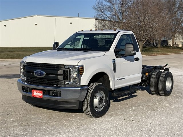 2019 F-350 Regular Cab DRW 4x4, Cab Chassis #19F900 - photo 15