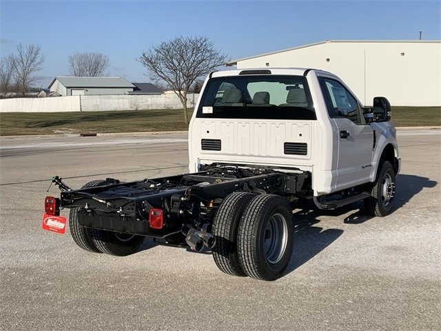 2019 F-350 Regular Cab DRW 4x4, Cab Chassis #19F900 - photo 2