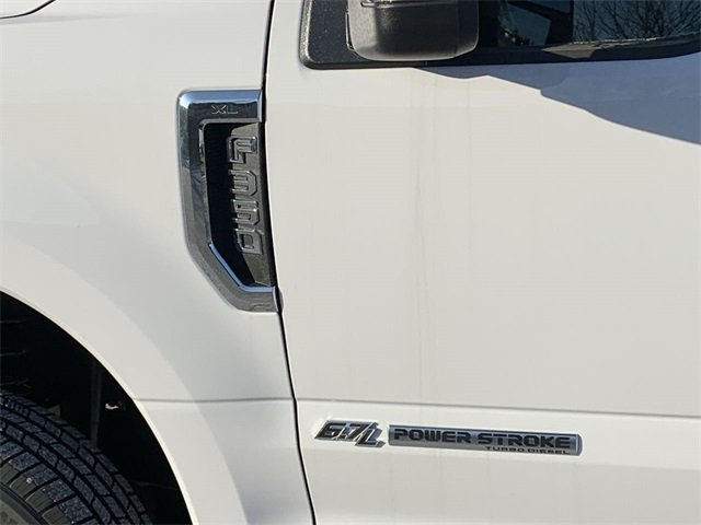 2019 F-350 Regular Cab DRW 4x4, Cab Chassis #19F900 - photo 26