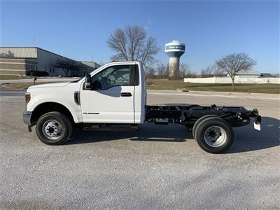 2019 F-350 Regular Cab DRW 4x4, Cab Chassis #19F900 - photo 16