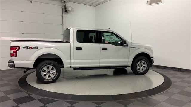 2019 Ford F-150 SuperCrew Cab 4x4, Pickup #19F923 - photo 2