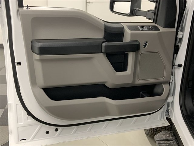2019 F-350 Regular Cab DRW 4x4, Dump Body #19F977 - photo 9
