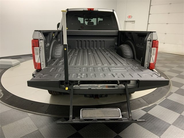 2017 F-250 Crew Cab 4x4, Pickup #20F100A - photo 9