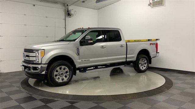 2017 F-250 Crew Cab 4x4, Pickup #20F100A - photo 4