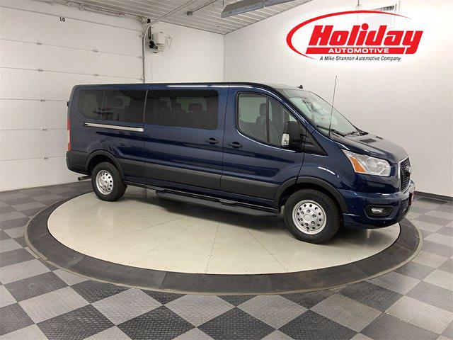 2021 Ford Transit 350 Low Roof AWD, Passenger Wagon #21F159 - photo 1