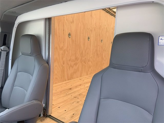 2021 Ford E-450 RWD, Bay Bridge Classic Cutaway Van #21F3 - photo 21