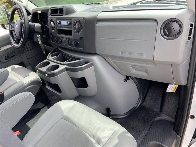 2021 Ford E-450 RWD, Bay Bridge Classic Cutaway Van #21F3 - photo 5