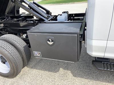 2021 F-550 Regular Cab DRW 4x4,  Dump Body #21F408 - photo 31