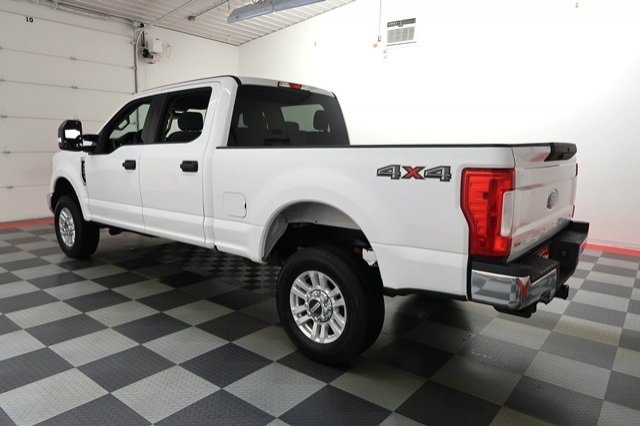 2017 F-250 Crew Cab 4x4, Pickup #A6206 - photo 2