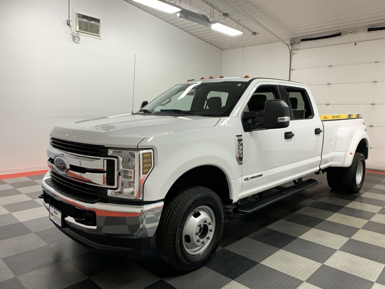2018 F-350 Crew Cab DRW 4x4,  Pickup #W1469 - photo 1