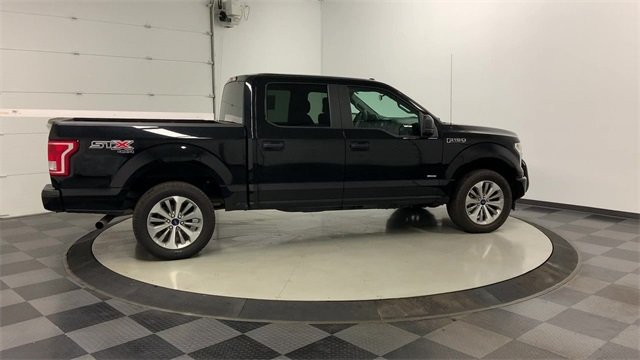 2017 F-150 SuperCrew Cab 4x4, Pickup #W1674 - photo 32