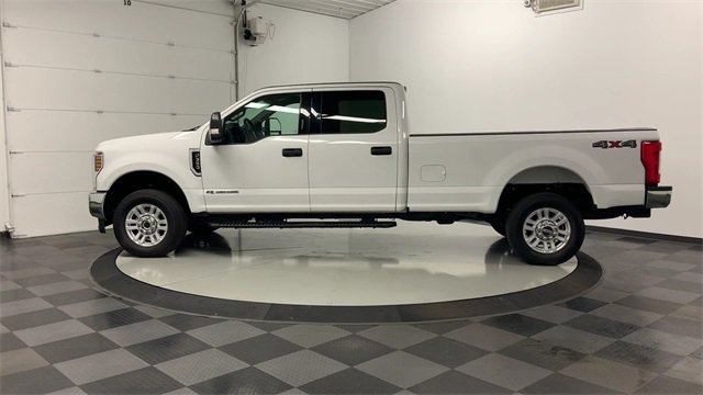2019 F-350 Crew Cab 4x4, Pickup #W2584 - photo 28