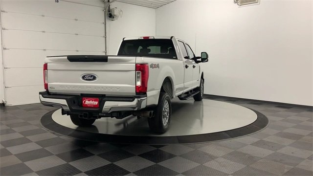 2019 F-350 Crew Cab 4x4, Pickup #W2584 - photo 2