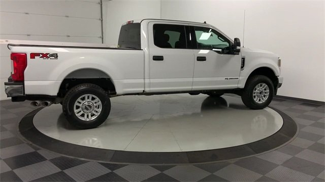 2019 F-250 Crew Cab 4x4, Pickup #W2731 - photo 1