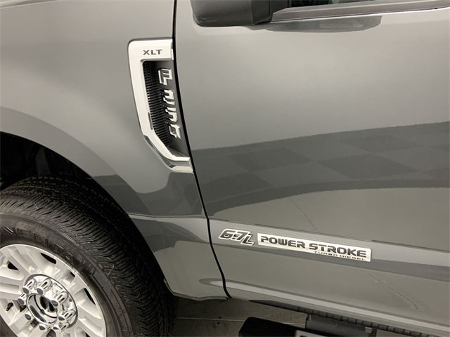 2019 F-250 Crew Cab 4x4, Pickup #W2735 - photo 10
