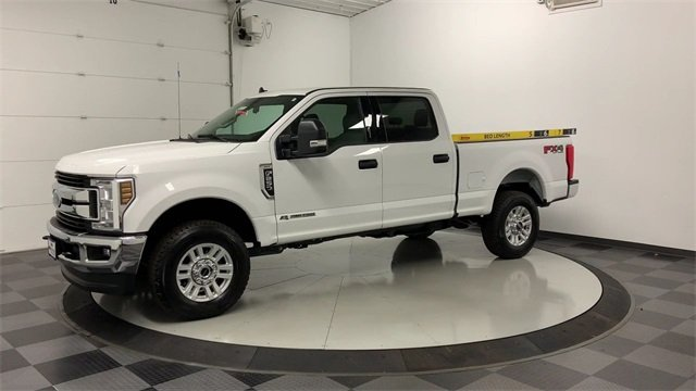 2019 F-250 Crew Cab 4x4, Pickup #W2845 - photo 4