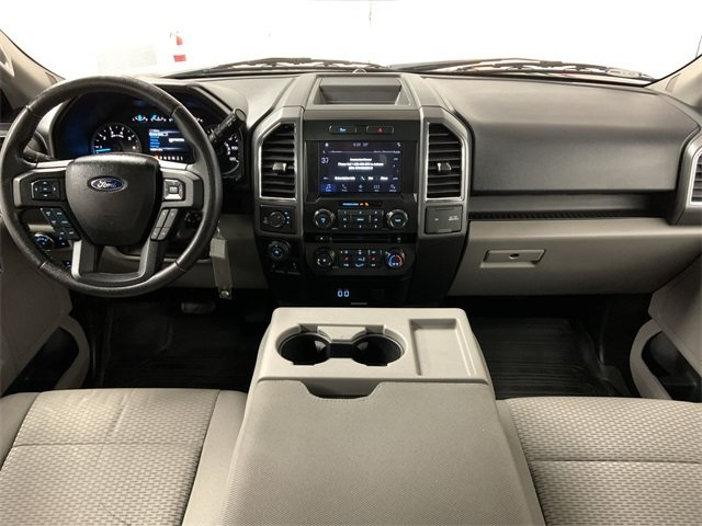 2016 F-150 SuperCrew Cab 4x4, Pickup #W2879 - photo 18
