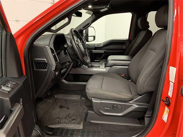 2019 Ford F-150 SuperCrew Cab 4x4, Pickup #W6468 - photo 3