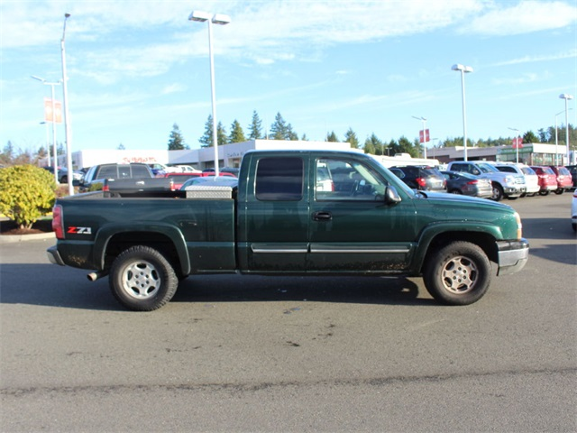 2004 Silverado 1500 Extended Cab 4x4,  Pickup #113527 - photo 9