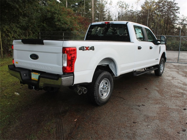 2017 F-350 Crew Cab 4x4 Pickup #HB85515 - photo 2