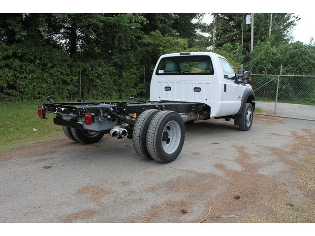 2016 F-450 Regular Cab DRW, Cab Chassis #HC87751 - photo 2