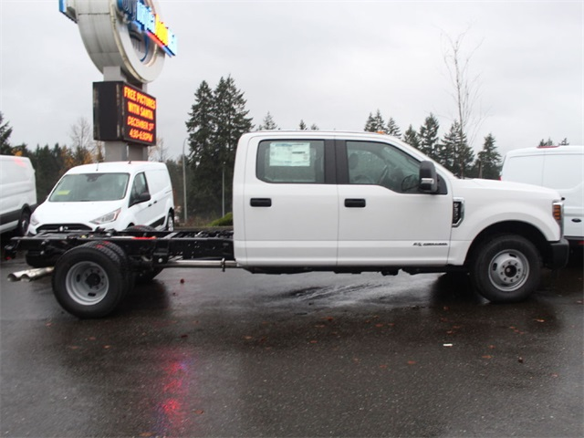 2019 F-350 Crew Cab DRW 4x2,  Cab Chassis #HD02386 - photo 5
