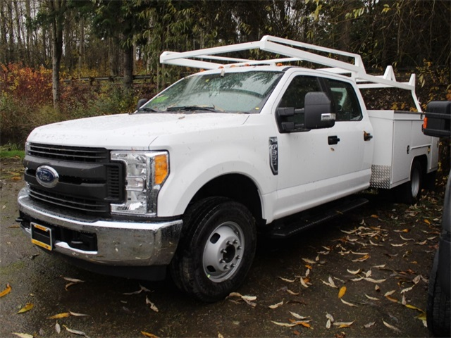 2017 F-350 Crew Cab DRW, Scelzi Signature Service Service Body #HE73320 - photo 3