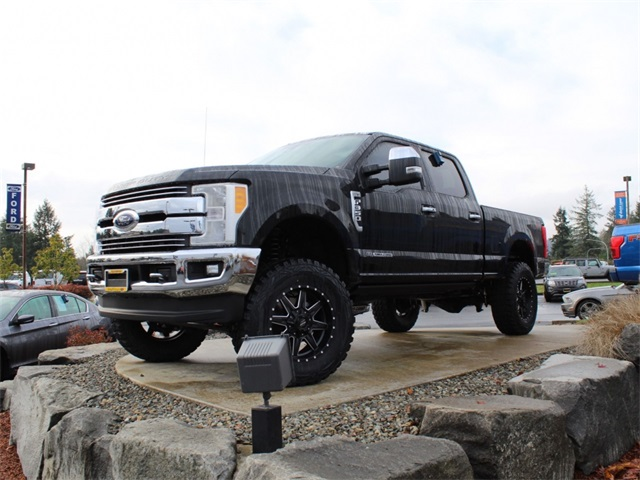 2017 F-350 Crew Cab 4x4 Pickup #HE97586 - photo 5