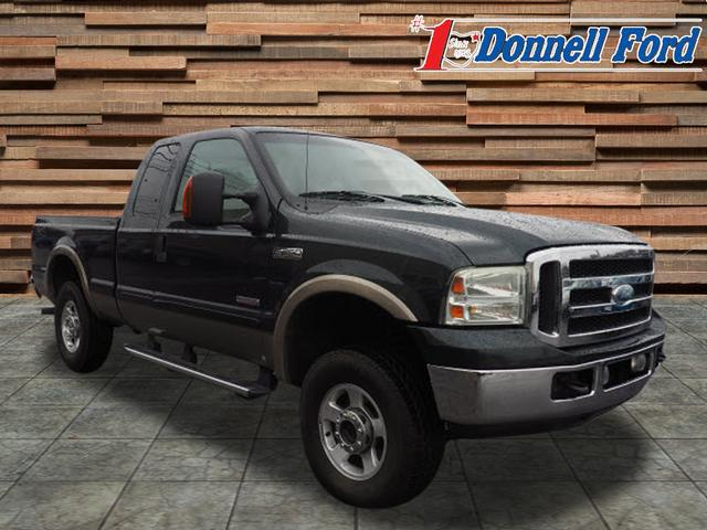 2006 F-250 Super Cab 4x4,  Pickup #T141310 - photo 3