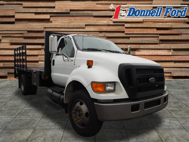 2006 F-650 Regular Cab DRW 4x2,  Stake Bed #T18613B - photo 4