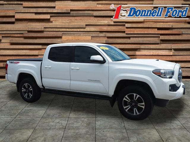 2017 Tacoma Double Cab 4x4,  Pickup #T19869A - photo 4
