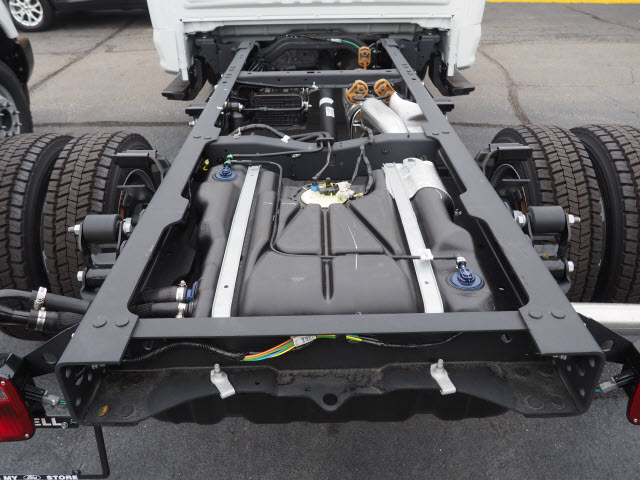 2019 F-450 Regular Cab DRW 4x4,  Cab Chassis #T20064 - photo 4