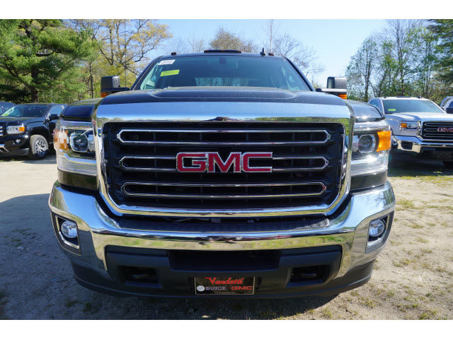 2016 Sierra 3500 Crew Cab 4x4, Cab Chassis #G06832 - photo 5