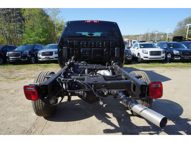 2016 Sierra 3500 Crew Cab 4x4, Cab Chassis #G06832 - photo 7