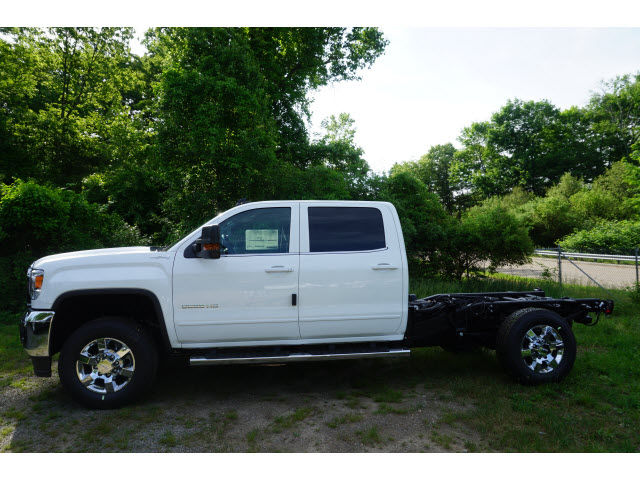2016 Sierra 3500 Crew Cab 4x4, Cab Chassis #G17793 - photo 6
