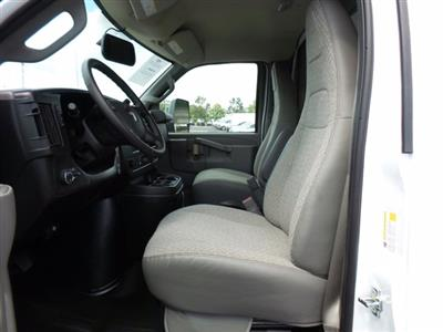 2020 GMC Savana 3500 RWD, Rockport LE Cutaway Van #CL10477 - photo 9