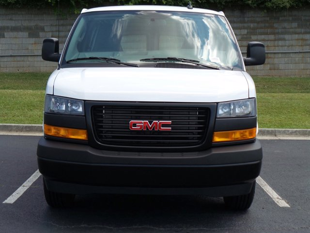 2020 GMC Savana 3500 RWD, Empty Cargo Van #CL59680 - photo 4