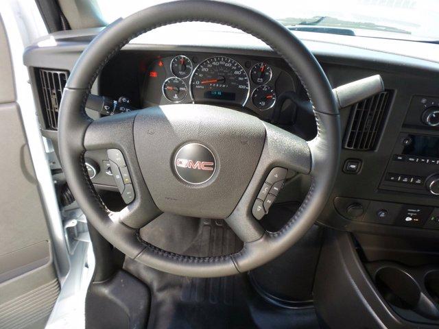 2020 GMC Savana 3500 4x2, Rockport Cutaway Van #CL64285 - photo 15